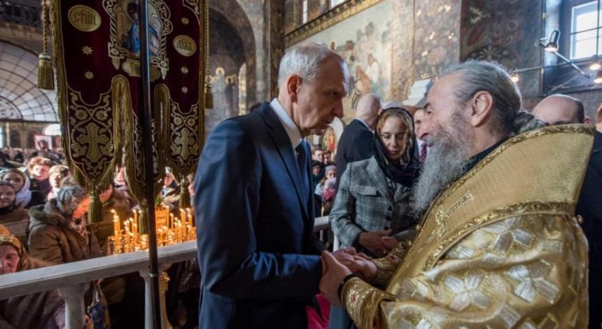 В неделю Торжества Православия Митрополит Онуфрий помолился о мире с дипломатами православных стран