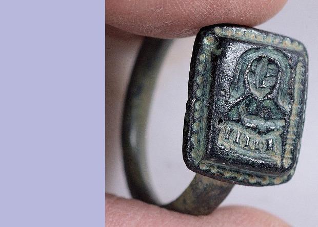 Археологи датируют находку XII-XV веками / Фото Clara Amit / Israel Antiquities Authority