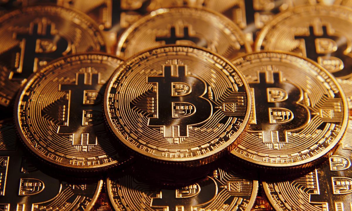 Фонд немедленно продает криптопожертвования / pravmir.ru