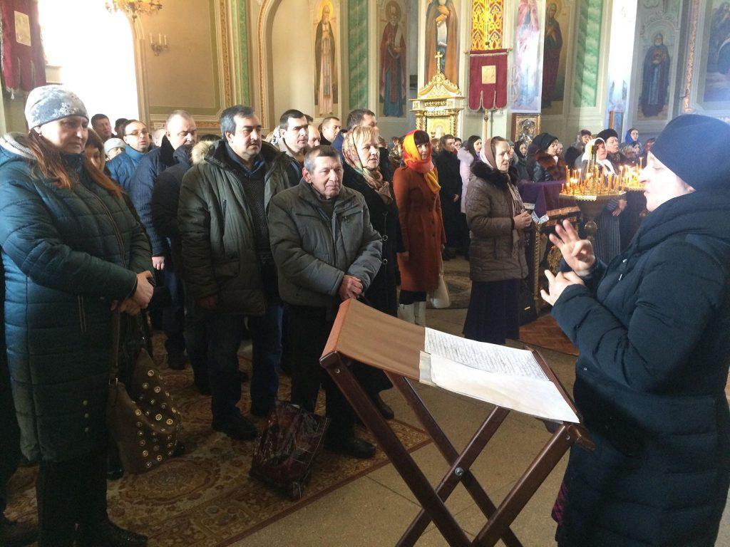 У Мукачеві відбулася чергова місіонерська літургія для людей з вадами слуху / news.church.ua