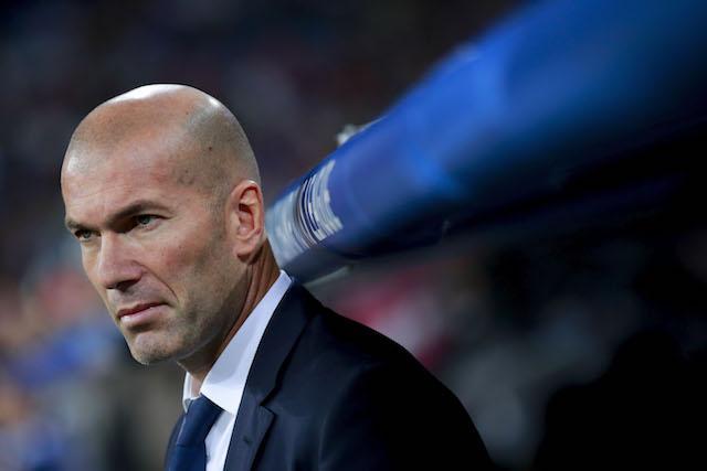 """Зінедін Зідан може перейти на посаду головного тренера """"ПСЖ"""" - іспанські ЗМІ / onefootball.com"""