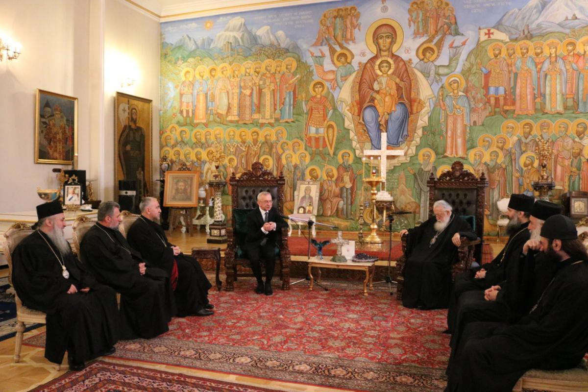 Грузинський Патріарх зустрівся з українським послом / patriarchate.ge