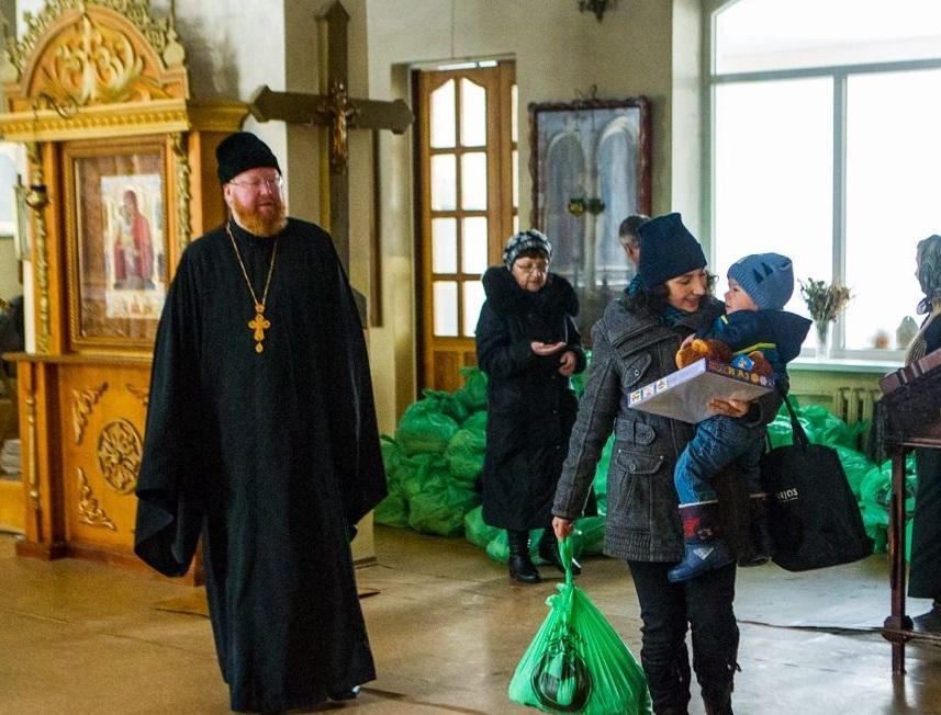 Только за прошлый год Координационный центр раздал более 130 тонн гуманитарной помощи стоимостью около 5 млн. гривен / news.church.ua