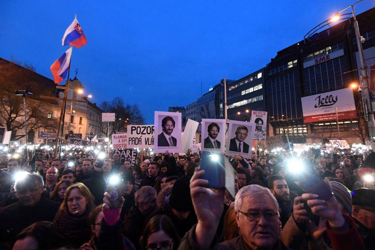 Акция протеста в Братиславе 9 марта / REUTERS