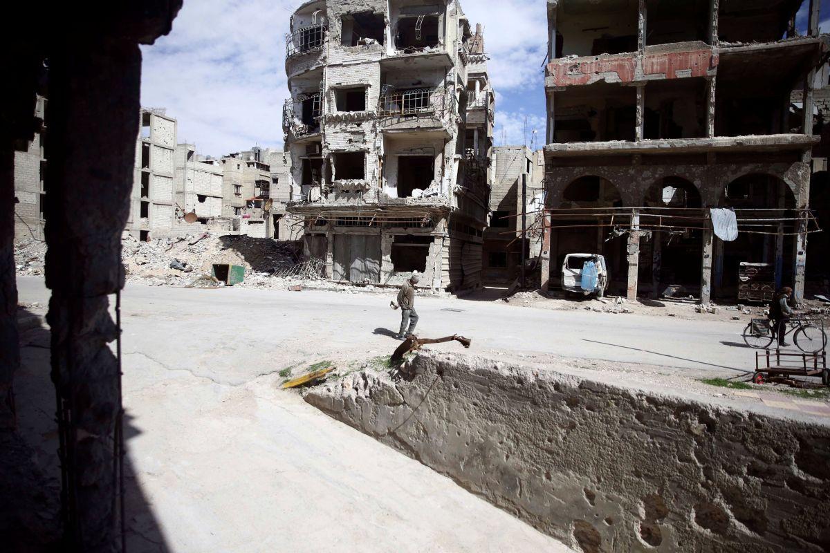 Город Дума, Сирия / REUTERS