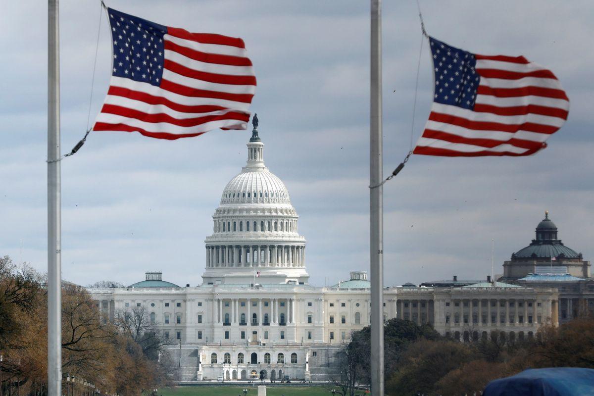 Дефіцит бюджету країни, за оцінками CBO, цього року знизиться до 10,3 відсотка / Ілюстрація REUTERS