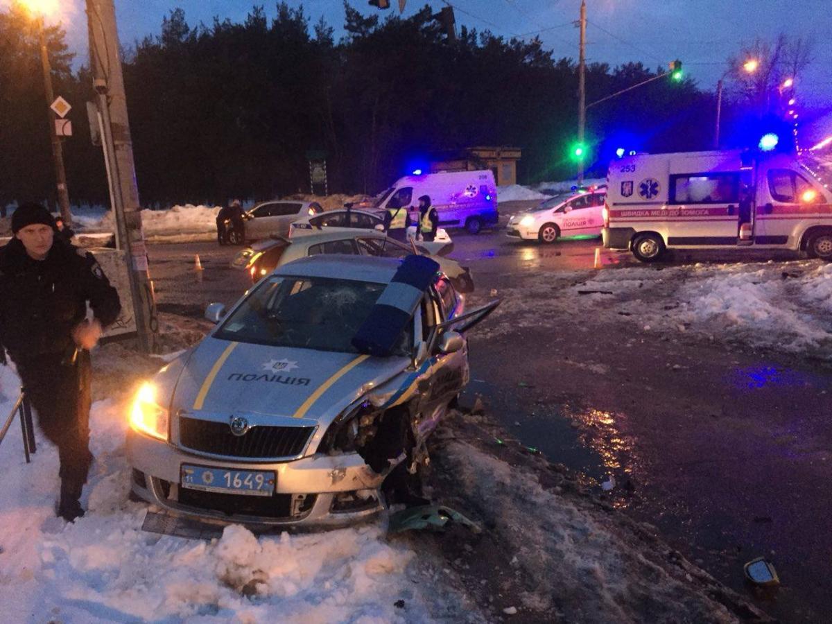 Цена жизни издоровья. Князев поведал о5 пострадавших заночь полицейских
