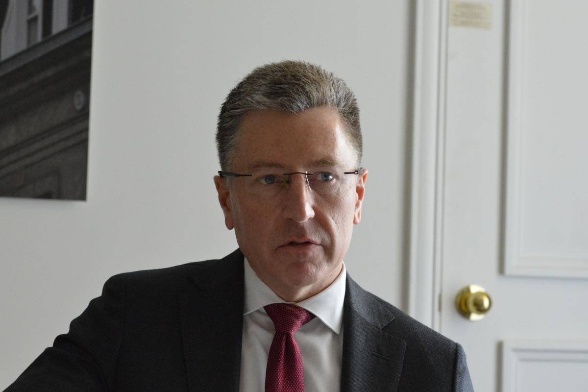 Курт Волкер анонсировал свой визит на Донбасс / фото УНИАН