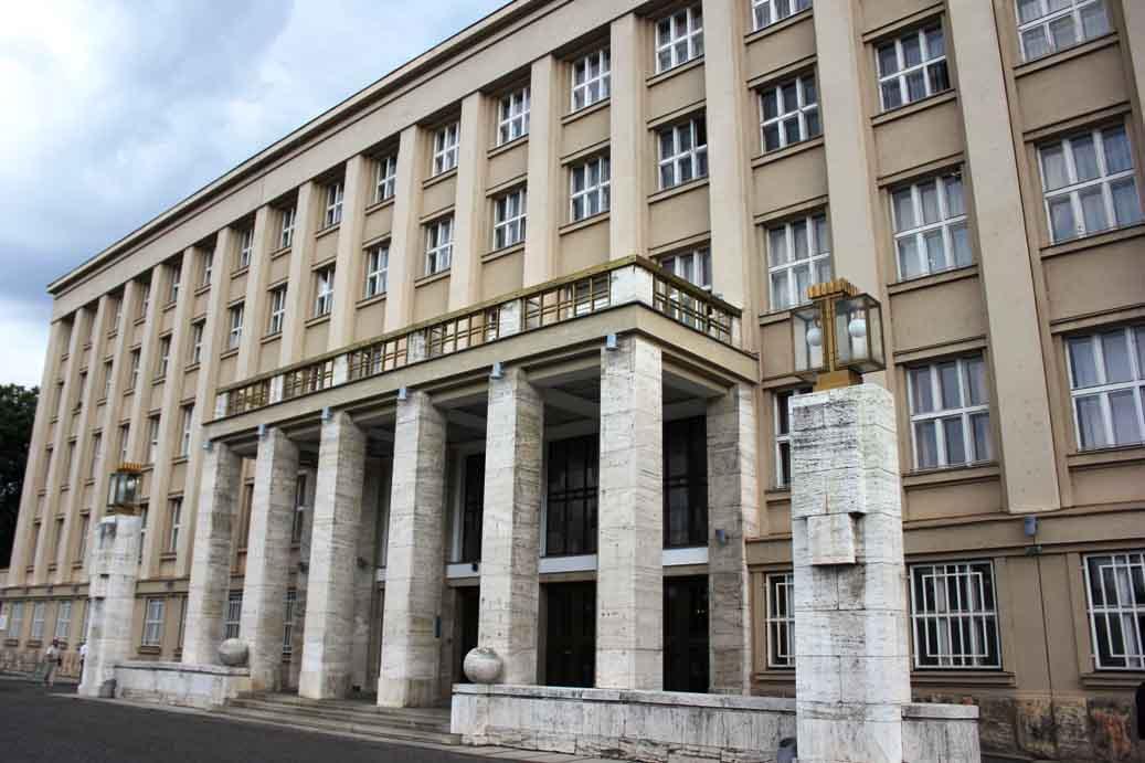 Голова Закарпатської ОДА оголосив 15 березня вихідним днем