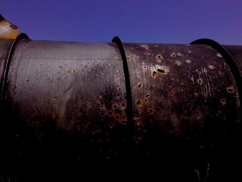 Поврежденный напорный трубопровод, иллюстративное изображение / фото voda.dn.ua
