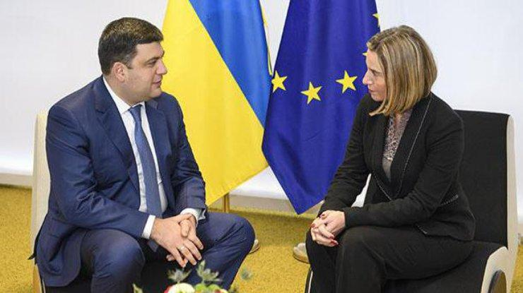 Володимир Гройсман спілкувався з Федерікою Могеріні / kmu.gov.ua