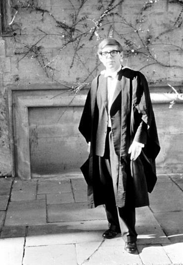 Facebook / Stephen Hawking (StephenHawkings.Time)