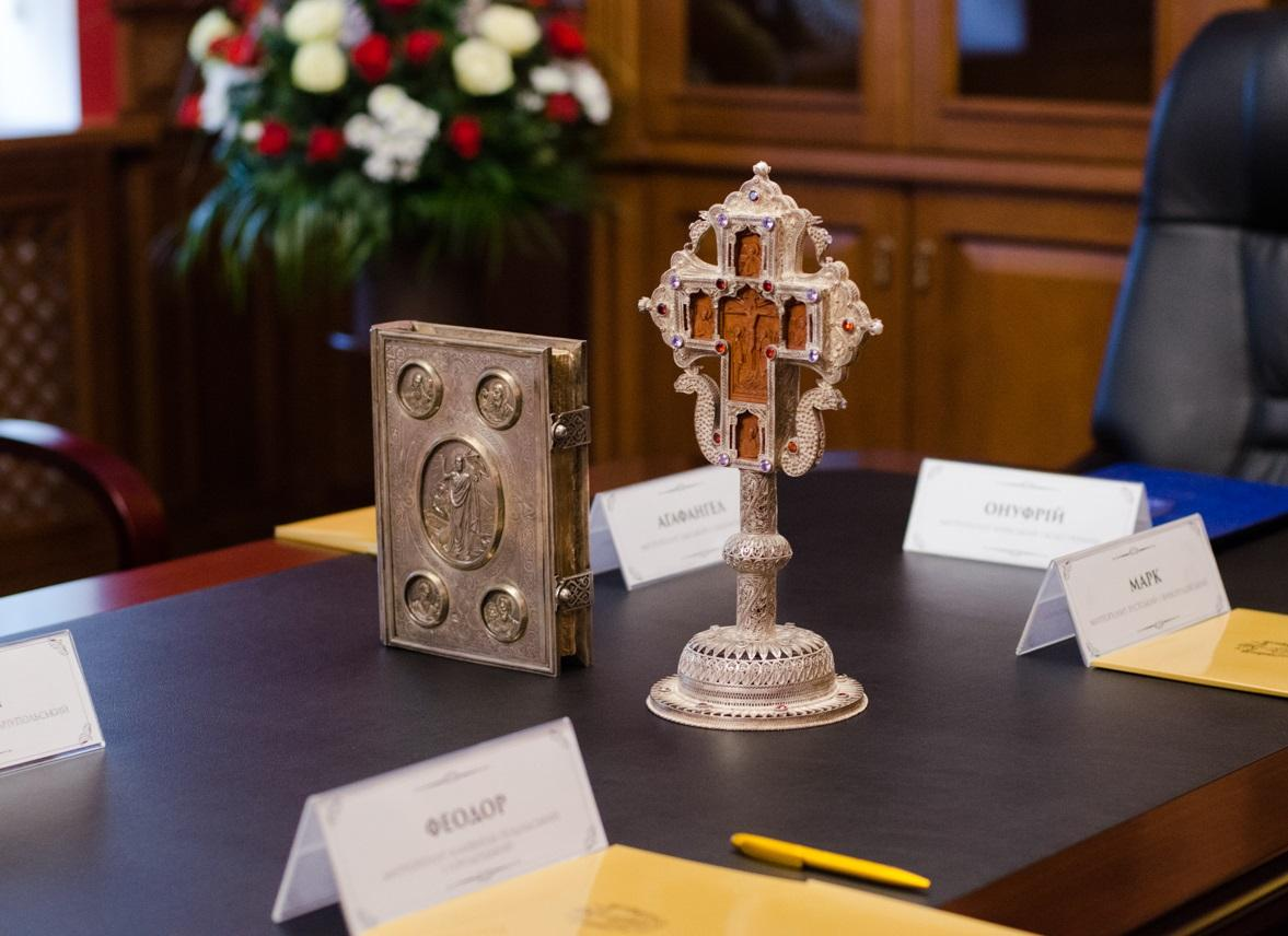 Синод наголосив на недопустимості втручання держави у внутрішні справи Церкви / news.church.ua