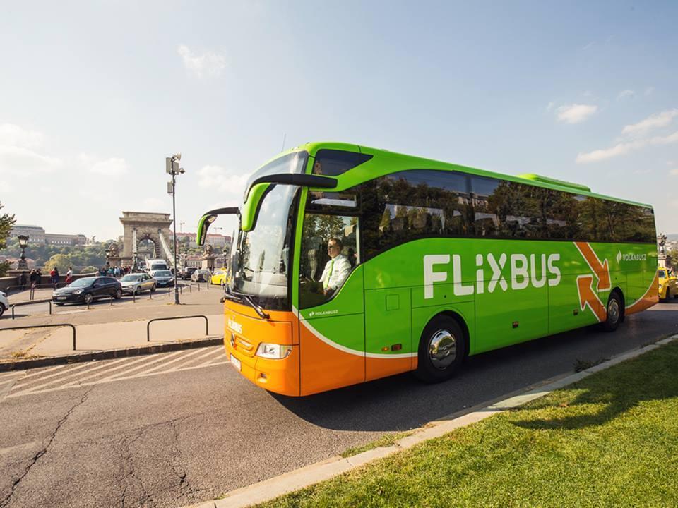 Возможность приобрести билеты на указанные рейсы за 5 евро будет действовать до 12:00 15 августа / Фото facebook.com/pg/FlixBus
