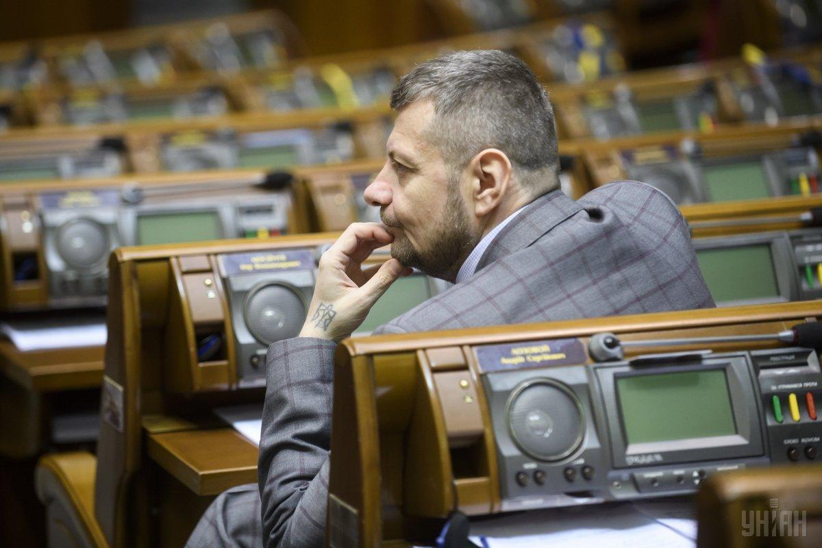 Мосийчук за три последних года заметно похудел, женился, остался в РПЛ в рядах ближайших соратников Олега Ляшко / фото УНИАН