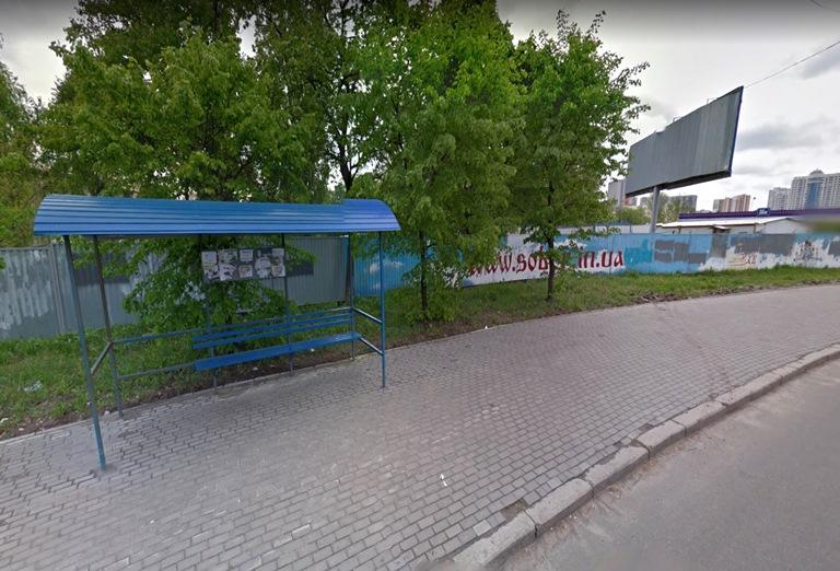 """Два роки тому зупинка """"Храм усіх Святих"""" почала працювати """"на вимогу"""" / sobor.in.ua"""