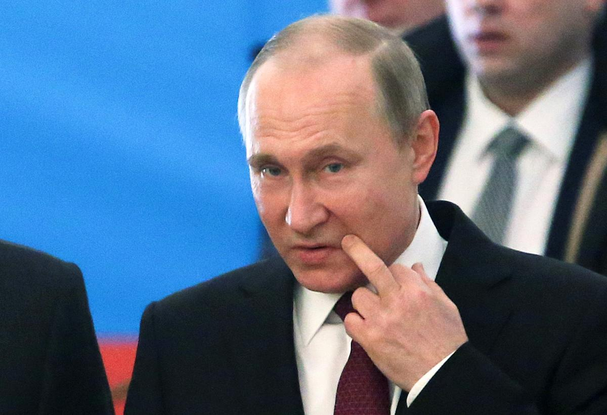 putin schizophrenic and maniac ukraine official warns citizens to