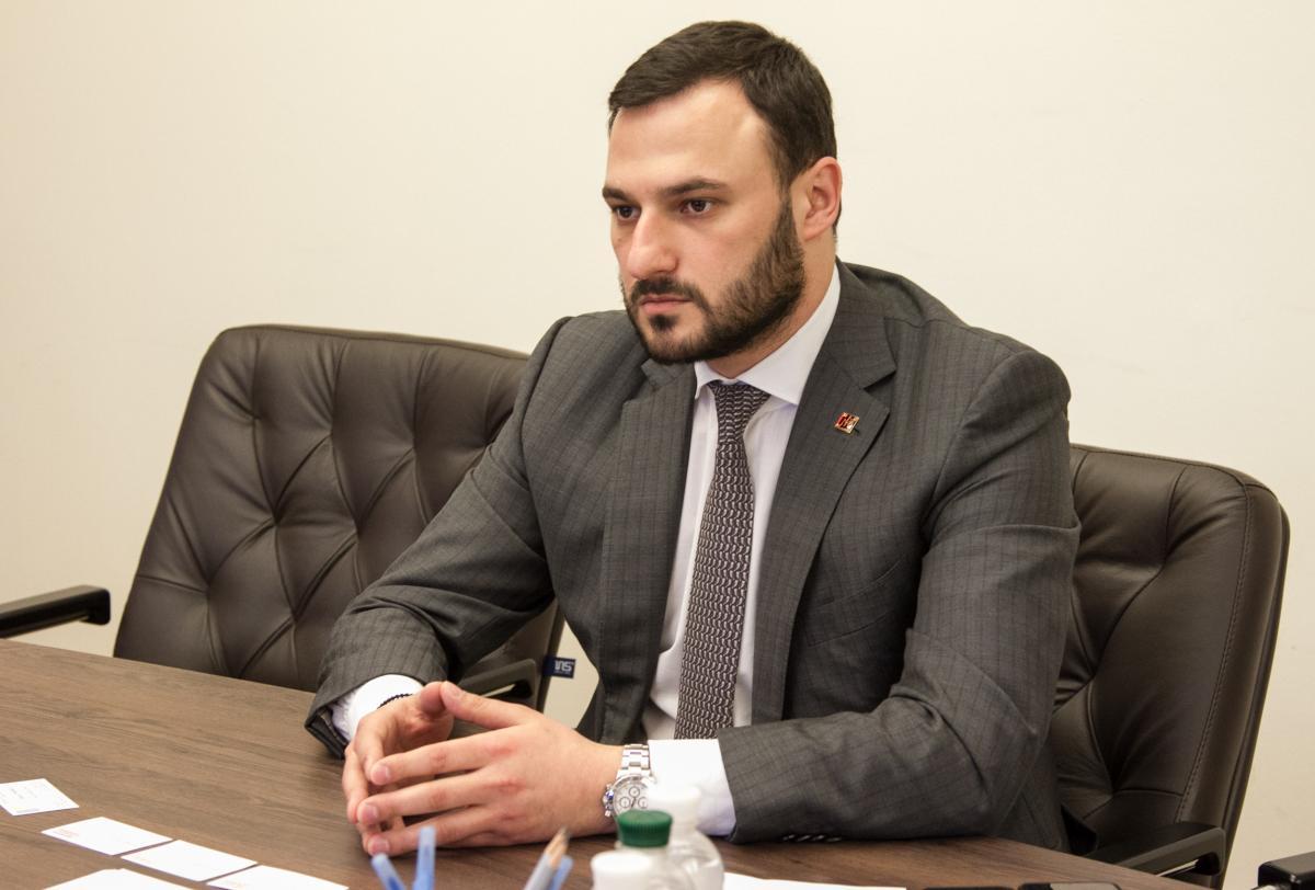 Дмитрий Давтян заявил, что не писал заявление об увольнении / Фото пресс-службы КГГА