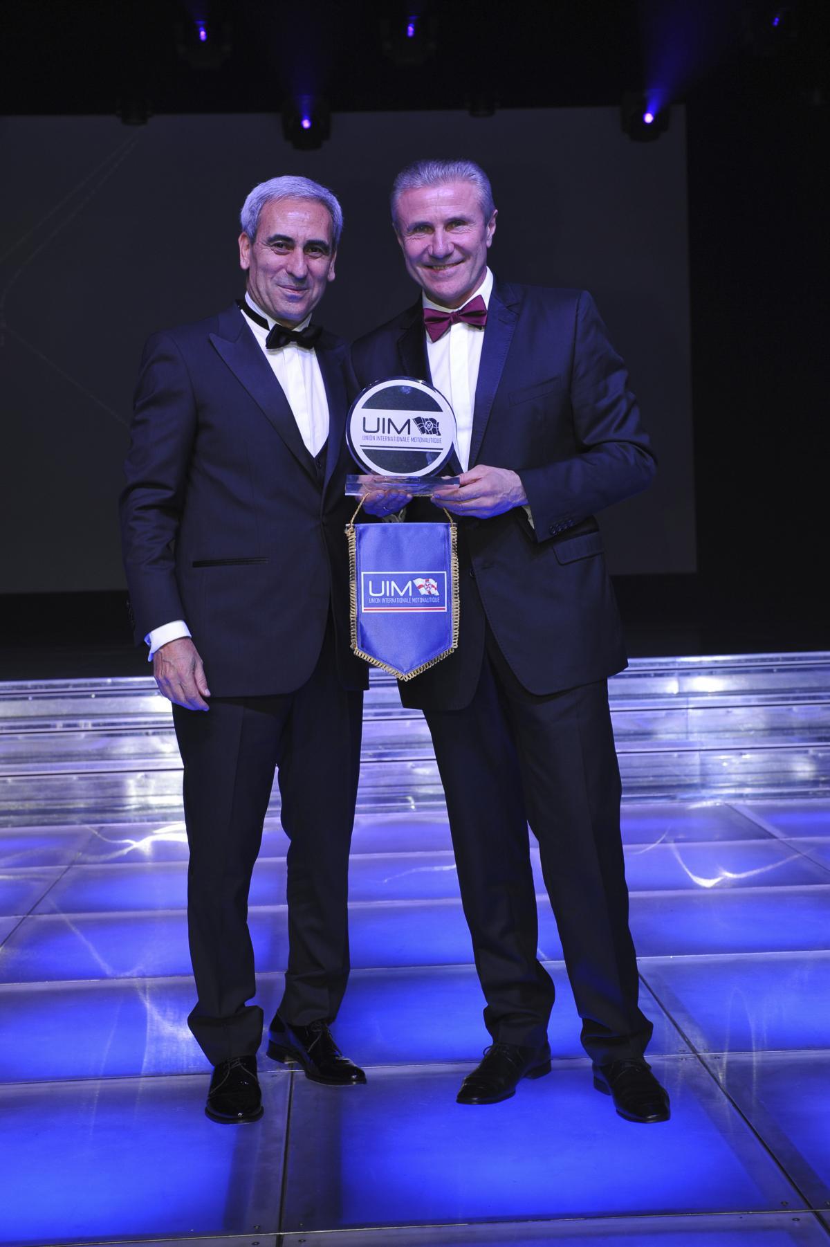 Бубка отримав почесну нагороду UIM / noc-ukr.org