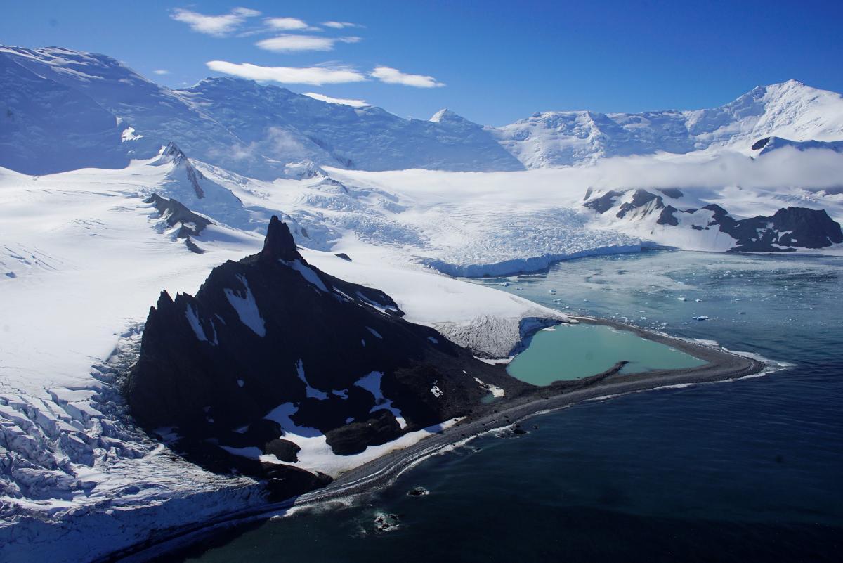 В Антарктиці випала рекордна за 200 років кількість снігу