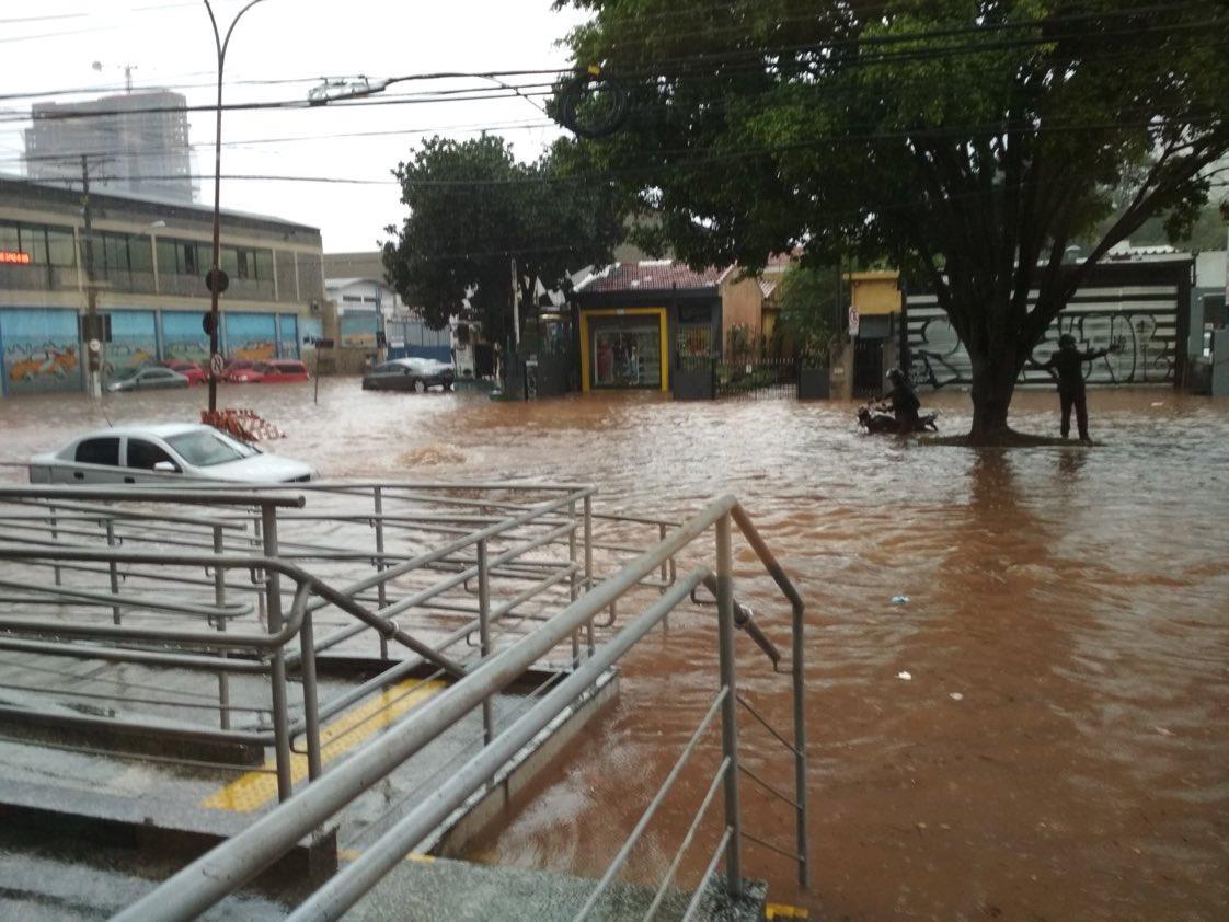 Повінь в Сан-Паулу / twitter.com/saopaulo011com