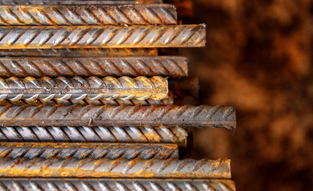 Стоимость стальной арматуры на рынках ЕСив Китаедостигает $700 за тонну/фото REUTERS