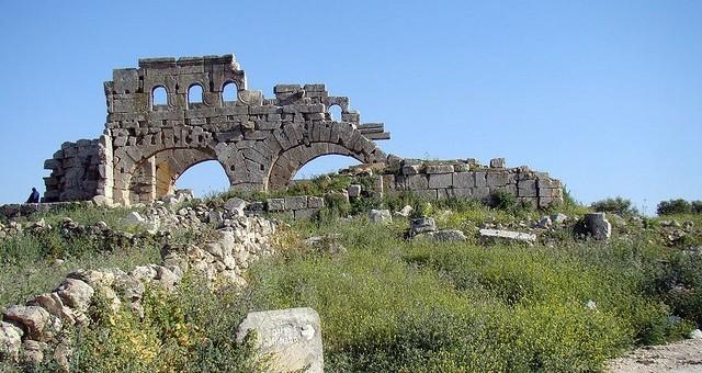 Бомбовым ударам подверглись храмы и монастыри византийского времени / skyticket.jp