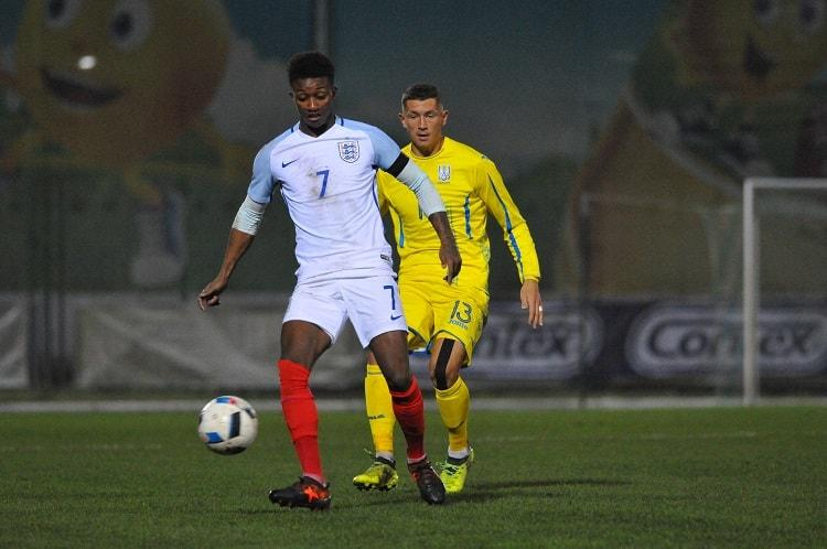 Молодежная сборная Украины проиграла англичанам в матче отбора Евро-2019 / ffu.ua