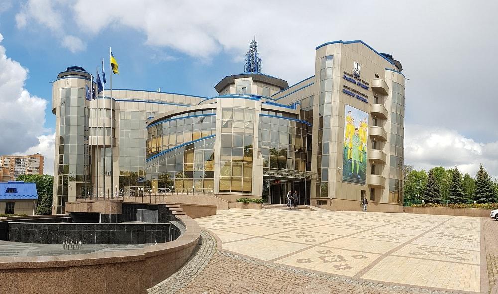 Исполком ФФУ визничив места проведения двух важных матчей / ffu.ua