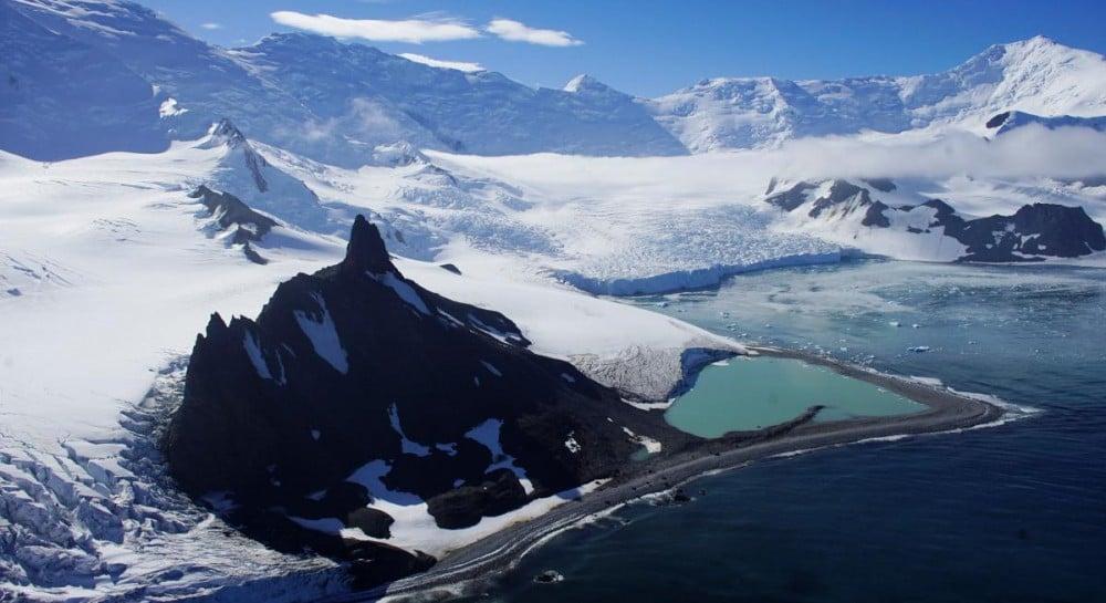 В Антарктиці випала рекордна за 200 років кількість снігу (4.25 23) a52a44830a648
