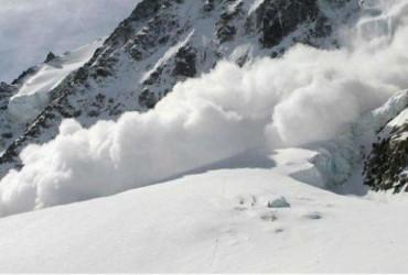 Три лавины сошли на деревни в Исландии