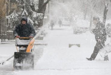 Синоптики прогнозують у Києві сніг та ожеледицю