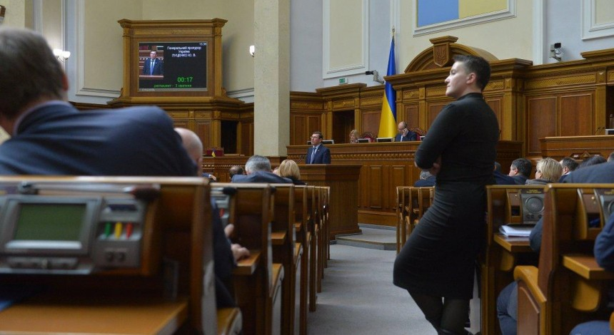 Detained Savchenko to stay at SBU building overnight, lawyer reports unlawful detention