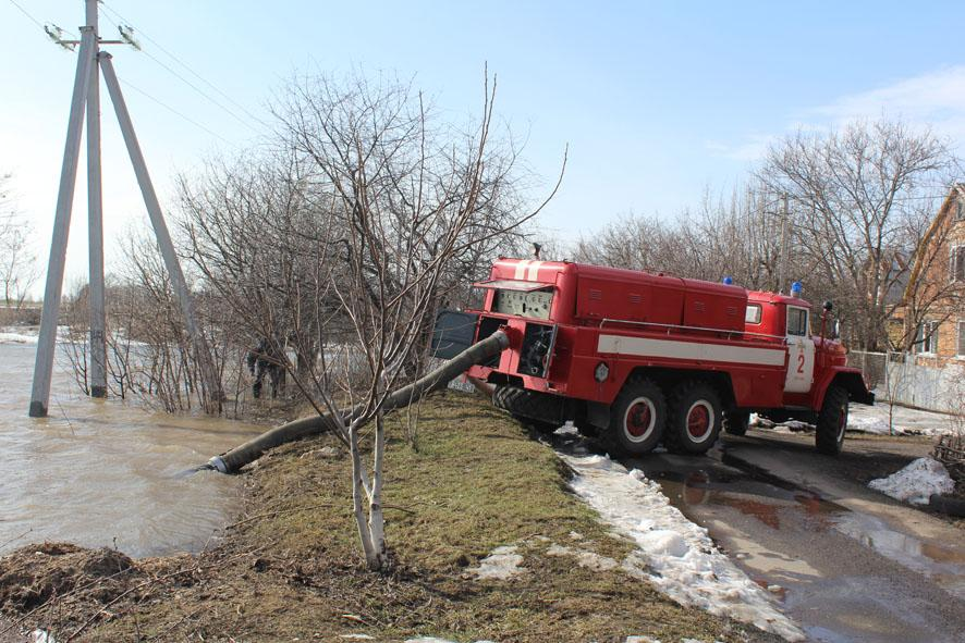 На Чернігівщині затопило майже сотню садиб ДСНС