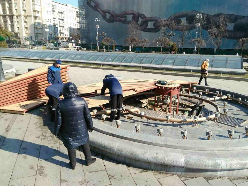 Київські фонтани почали готувати до літнього сезону / фото kyivvodfond.com.ua