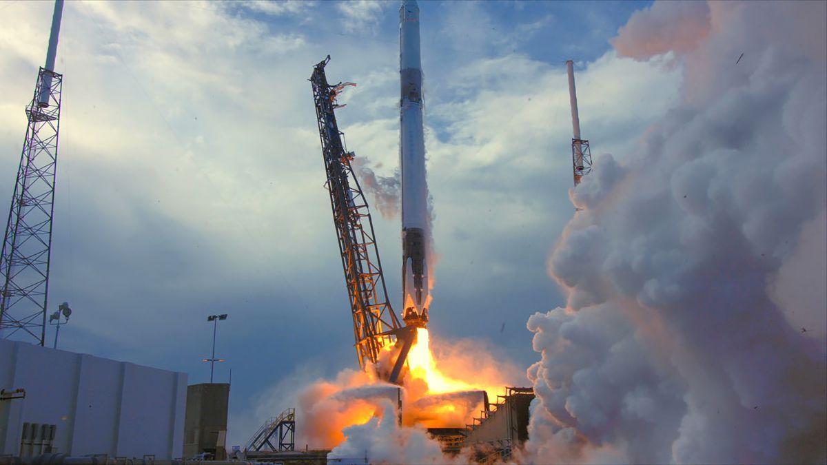 SpaceX запустила ракету-носитель Falcon 9 / фото NASA