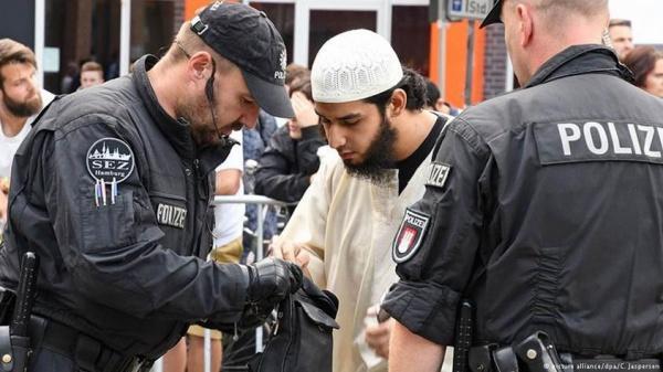 В Германии пересчитали религиозных экстремистов / islam-today.ru