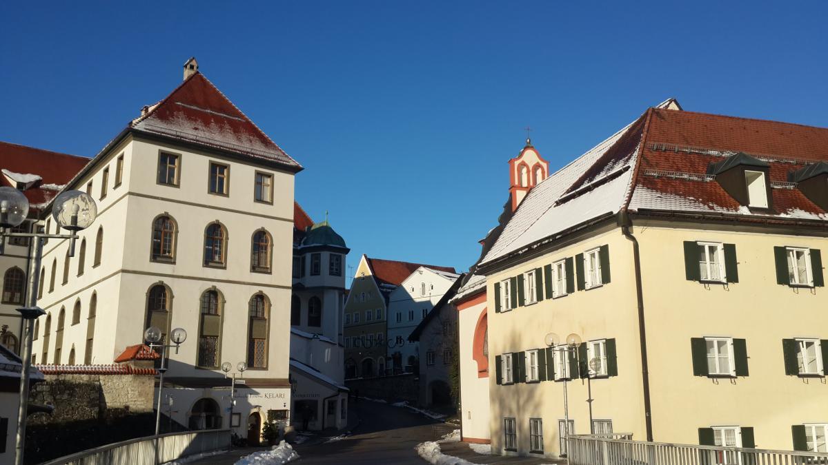 Городок Фюссен расположен в 5 км от замков / фото Марина Григоренко