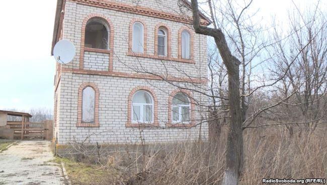 Дом в Сторожевому, в котором жил Сергей Дубинский / фото radiosvoboda.org