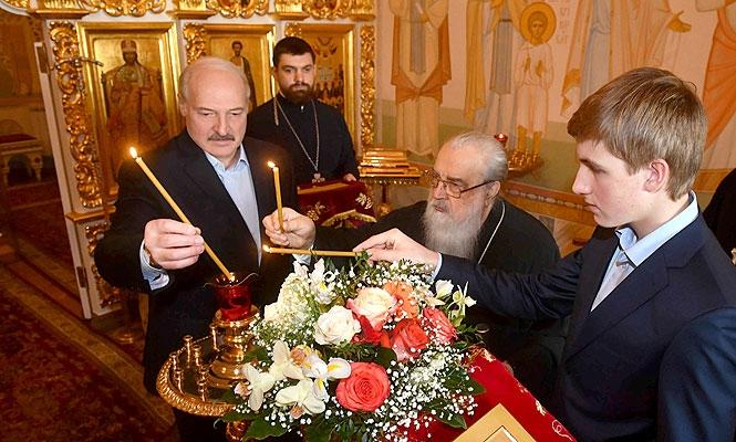 Президент Беларуси встретился с митрополитом Филаретом / church.by
