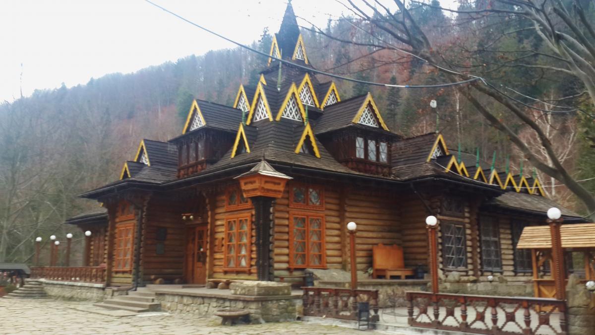 """Ресторан-музей """"Гуцульщина"""" в Яремче / фото Марина Григоренко"""