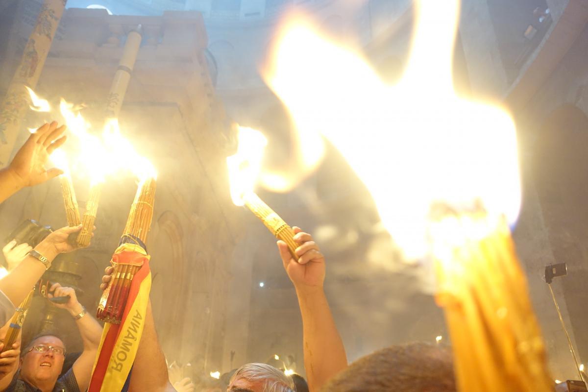 """Сходження Благодатного вогню / """"УНІАН-Релігії""""."""