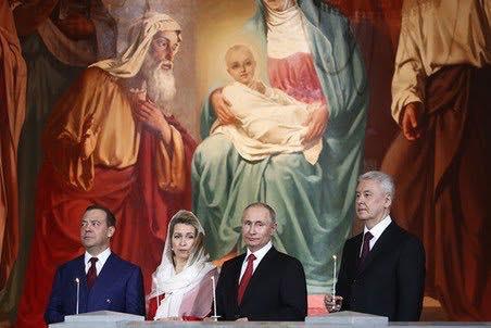 Рост Путина якобы 170 см, Собянина - 177 см / фото facebook.com/aleksej.golobuckij