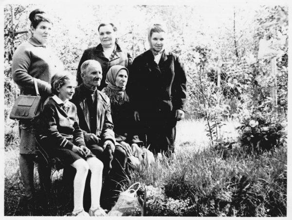 Крест на могиле Ефросинии Гриненко простоял более 50 лет / dzvin.news