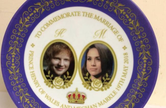 Вместо пинца Гаррина сувенирах к королевской свадьбе изобразили Эда Ширана / фото twitter.com/DarrenMcGrady