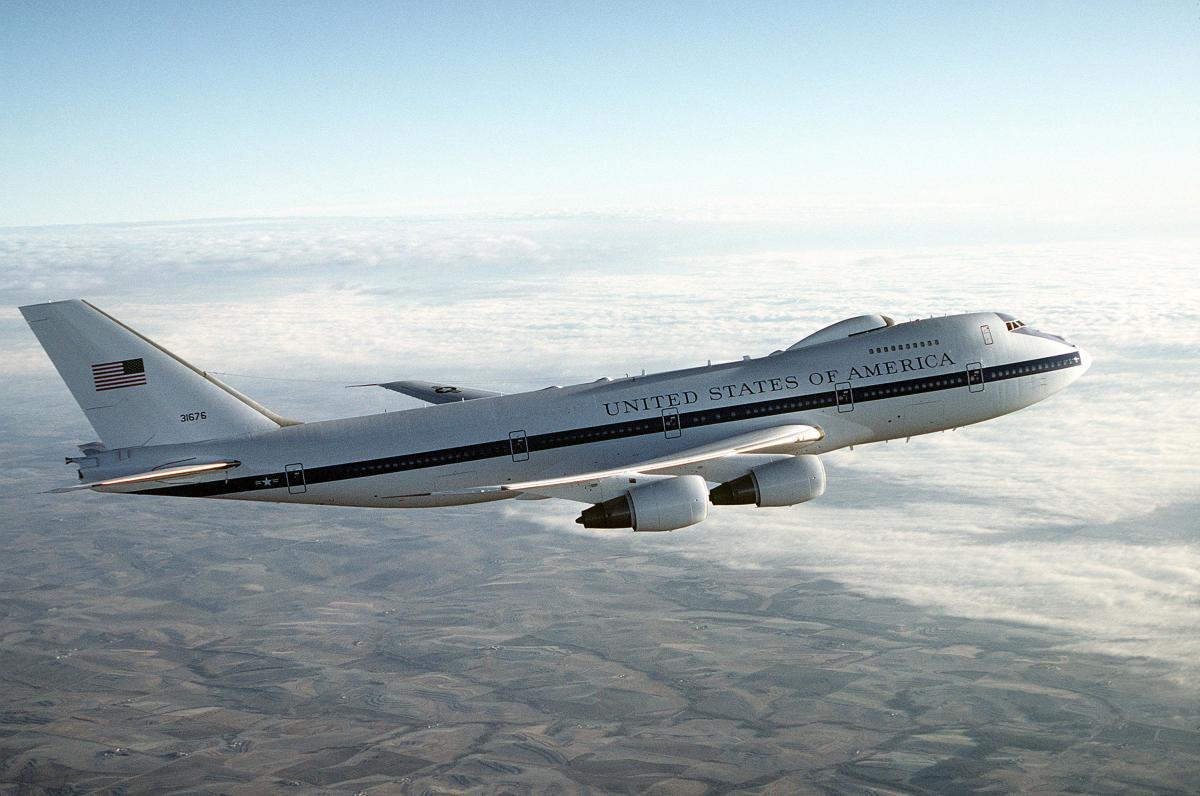 ВСША поднялся ввоздух самолет «Судного дня»