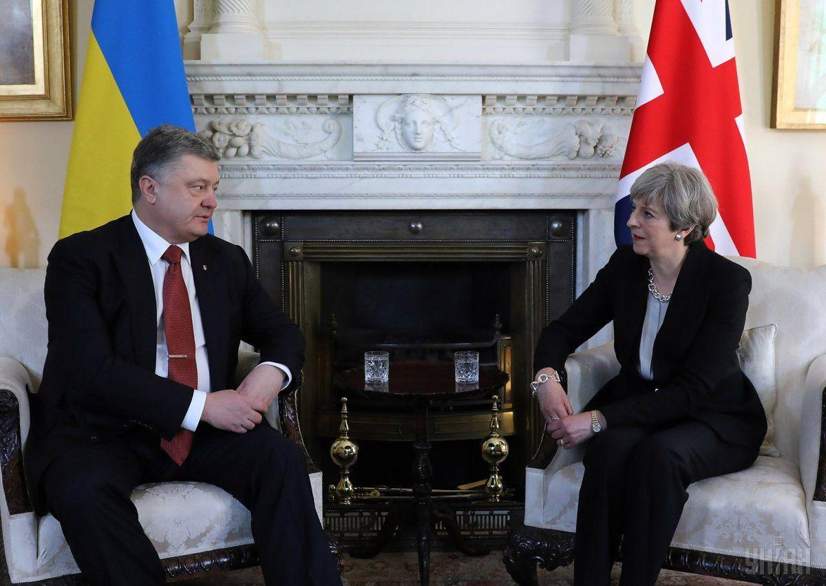 Порошенко выразил солидарность с Британией по поводу отравления Скрипаля в Солсбери / фото УНИАН