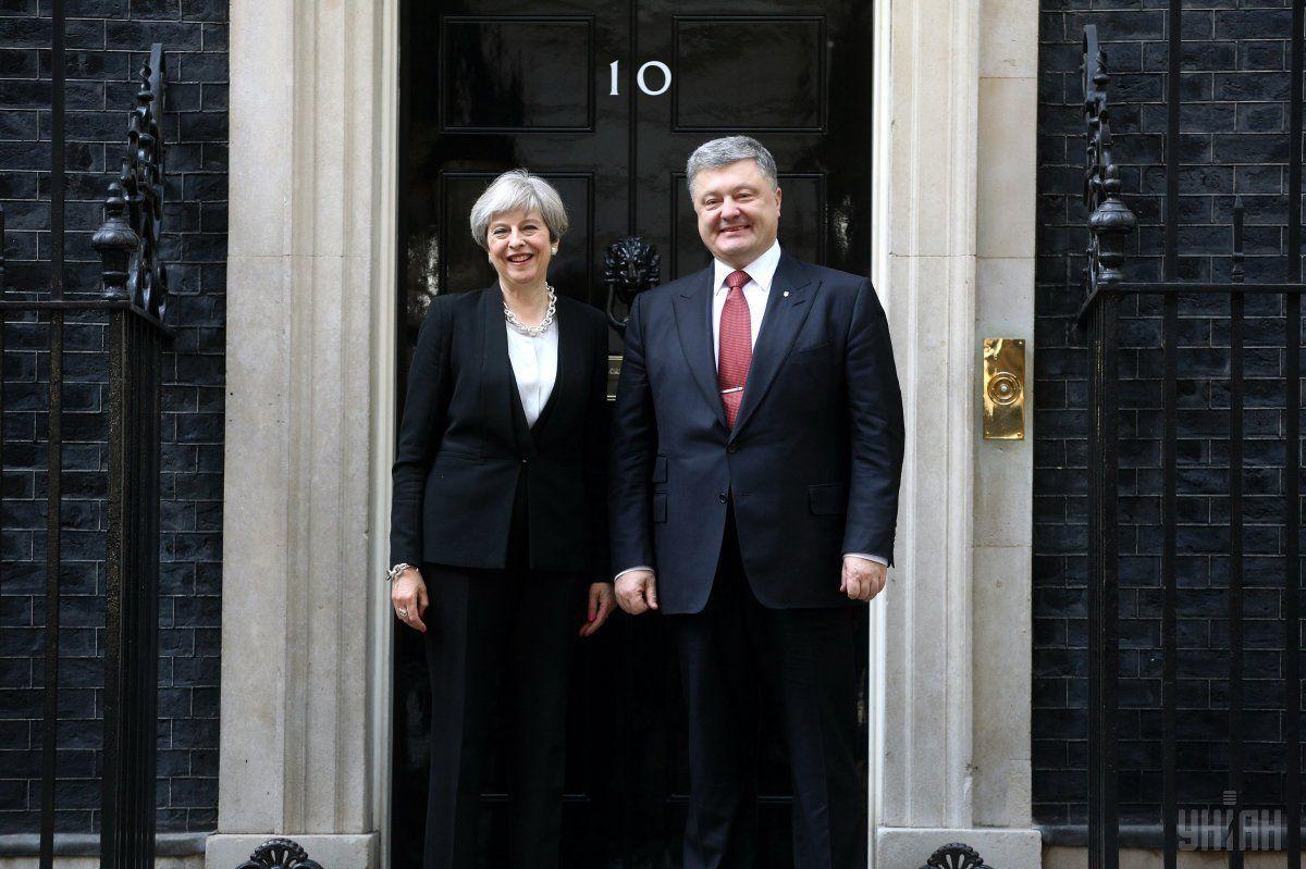 Президент України подякував британську сторону за постійну підтримку територіальної цілісності України / фото УНІАН