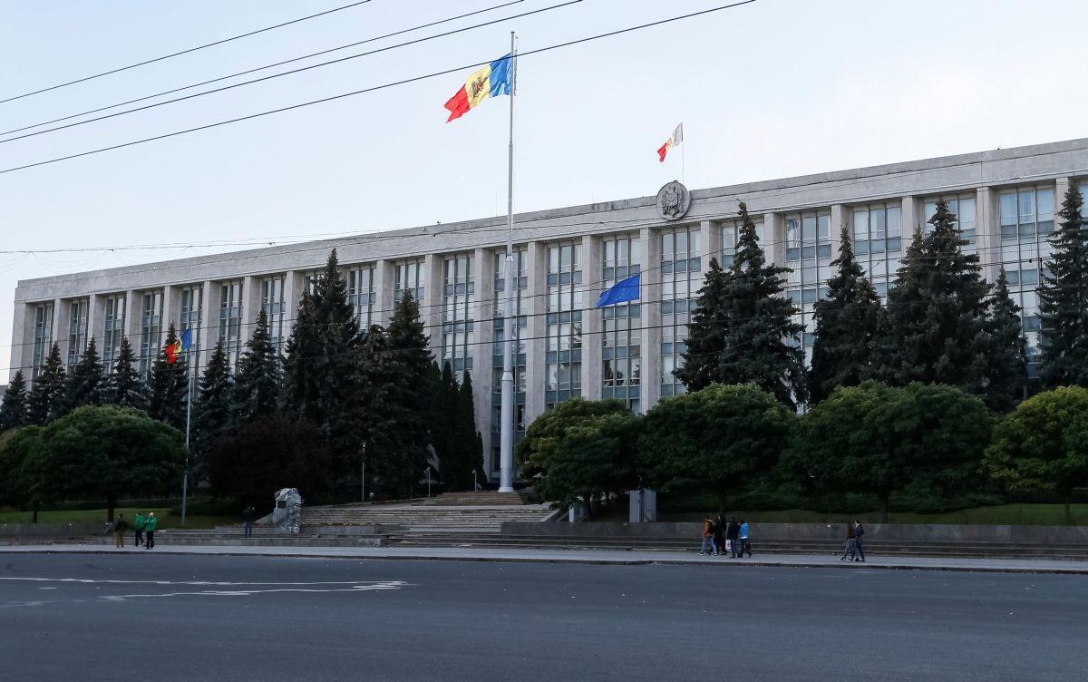 Здание правительства Молдовы в Кишиневе / REUTERS