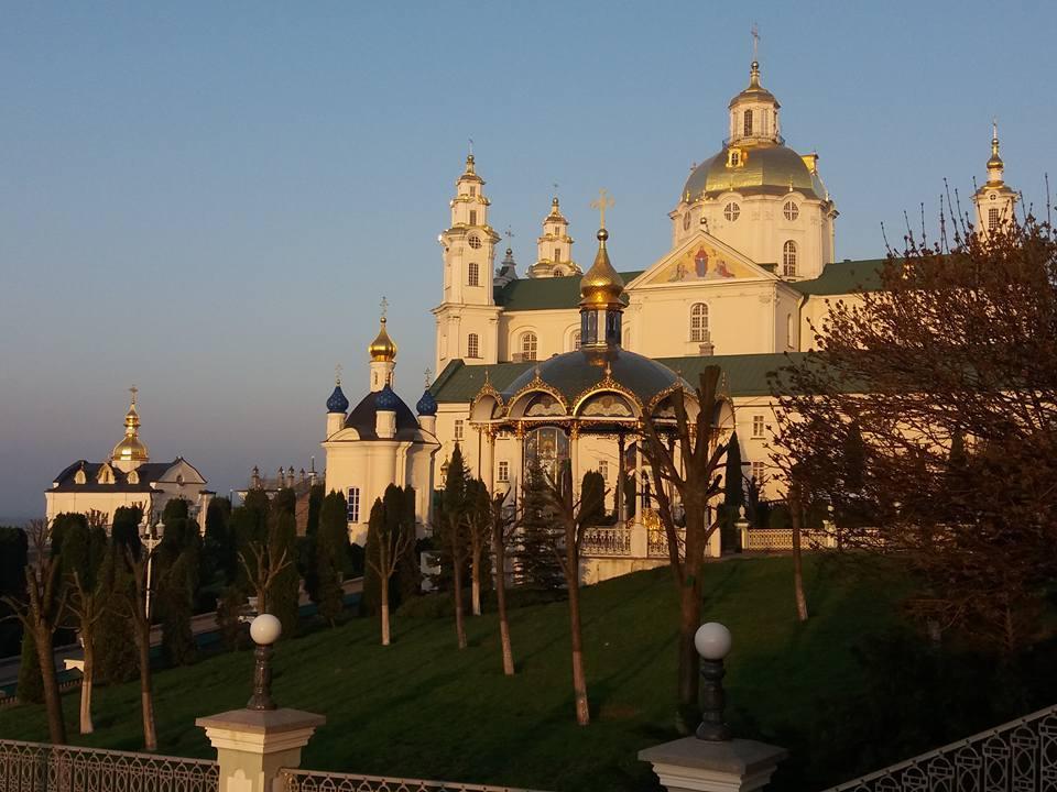 В Светлую Пятницу Митрополит Онуфрий совершил литургию в Почаевской лавре / news.church.ua